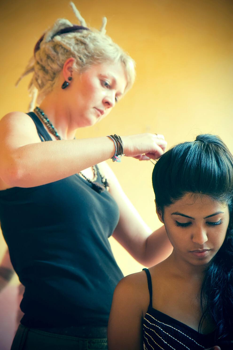haute coiffure pour le défilé slow fashion de takla makan à Pondicherry en Inde